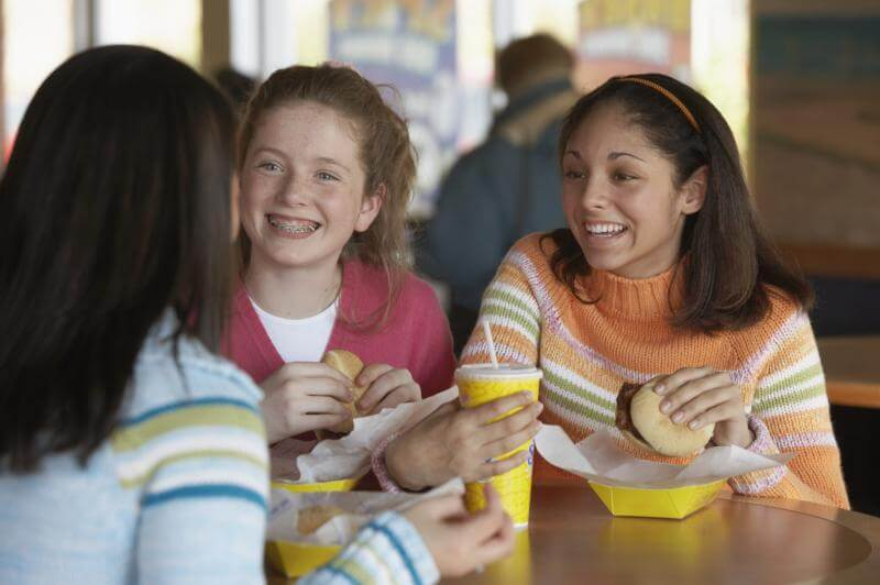 Healthy Diet as Teen, Less Weight Gain as Adult