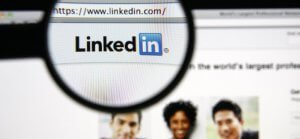Finding jobs or hiring through linkedin