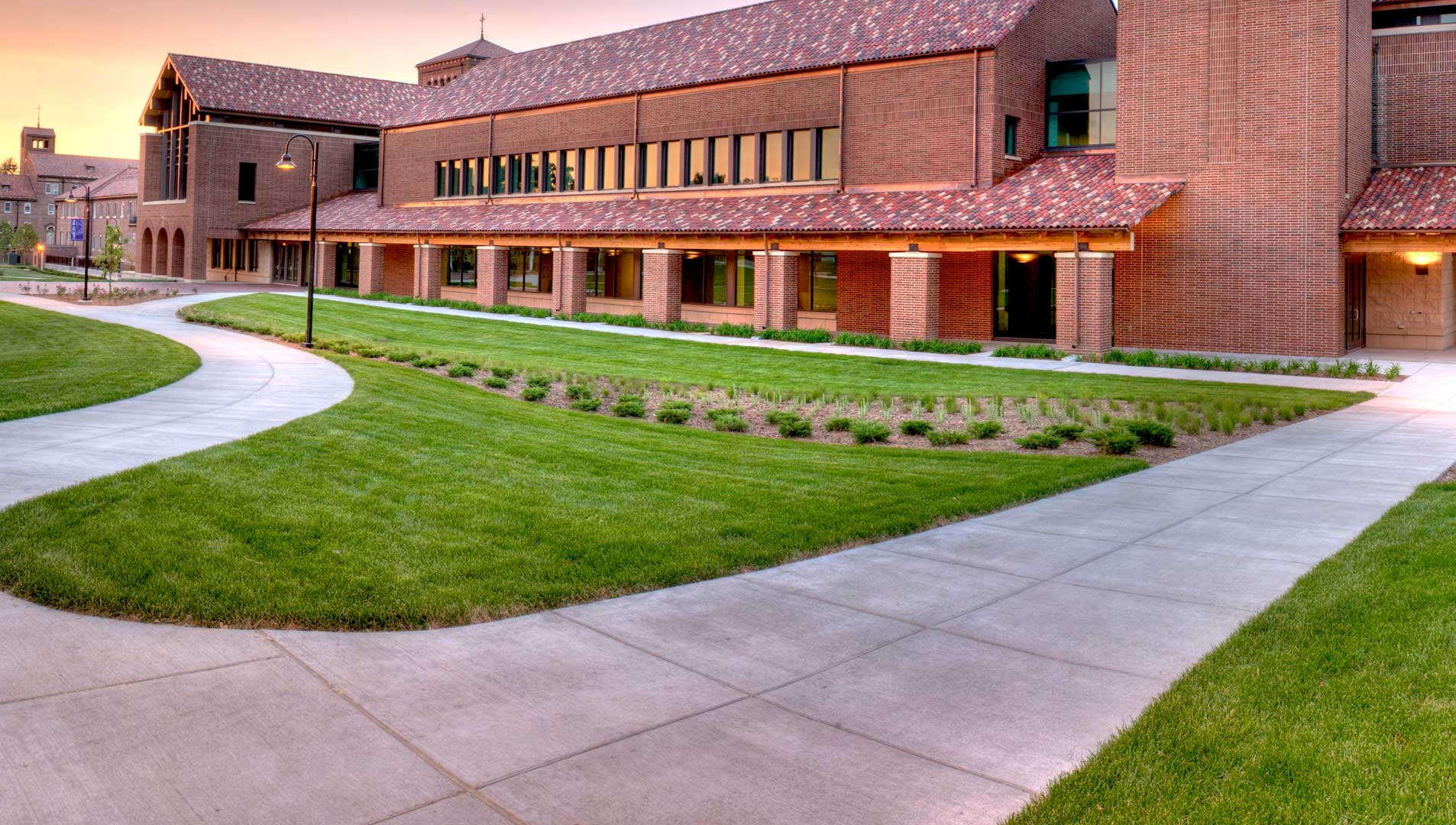 University of Northwestern – St. Paul