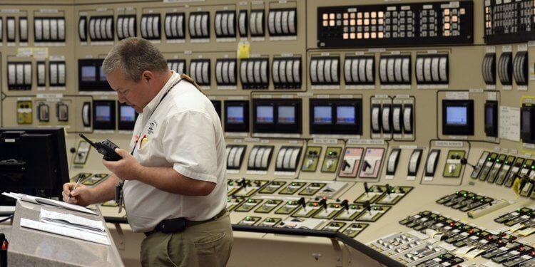 Nuclear reactor operators