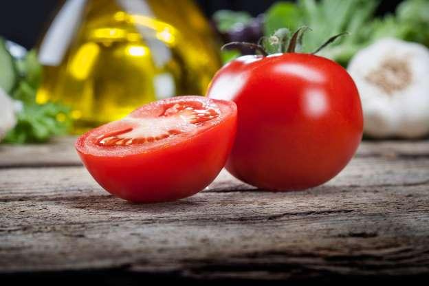 Tomatoes hate the fridge