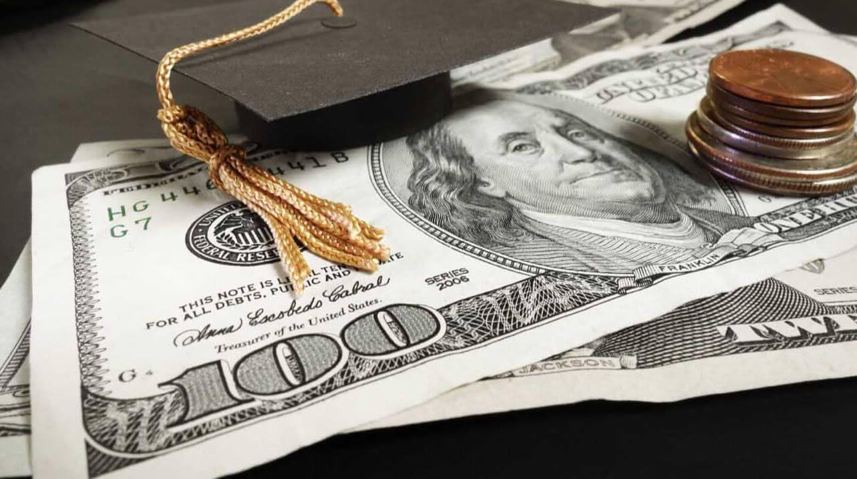 Best Tips for Winning College Scholarships